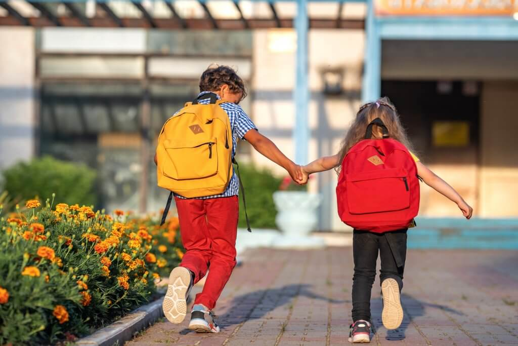 10 Tips to Transition Kids with Autism Back to In-Person School